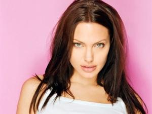 Wallpapers - Angelina Jolie