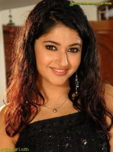 Tollywood Actress Poonam Bajwa Closeup Pic