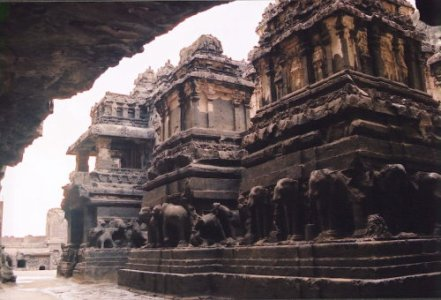 Amazing Ellora Caves Pictures « Superhotmodes's Blog